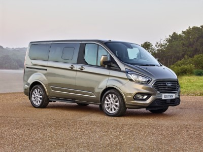 2017_Ford_Tourneo_10