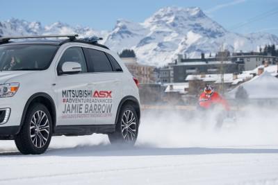 -Britains-fastest-snowboarder-and-Mitsubishi-ASX-break-world-record