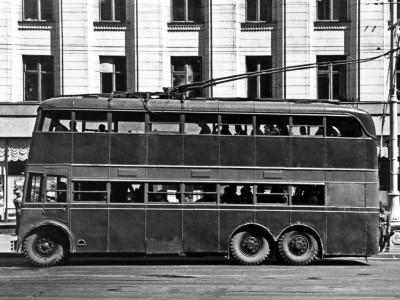 Двухэтажный троллейбус ЯТБ-3 1938 г.