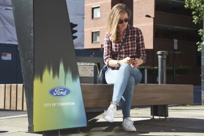 FORD_SmartBench_girl1000