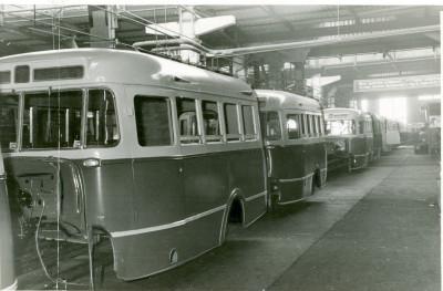 Конвейер ПАЗа в 1950-е гг.