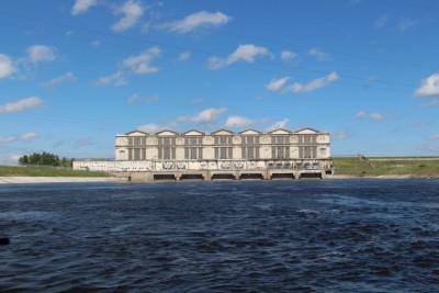 Рыбинская ГЭС_нижний бьеф