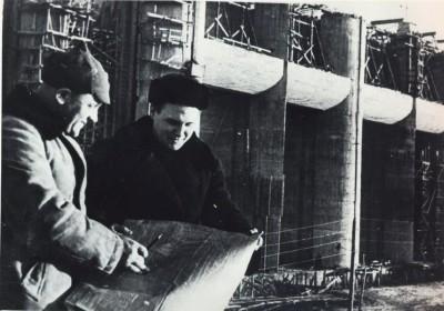 Специалисты на строительстве Рыбинской ГЭС. 1941 г.
