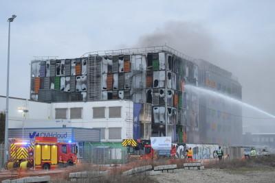 un-incendie-s-est-declare-dans-la-nuit-de-mardi-a-mercredi-sur-le-site-d-une-entreprise-informatique-situee-dans-le-quartier-du-port-du-rhin-a-strasbourg-photo-dna-jean-christophe-dorn-1615357700
